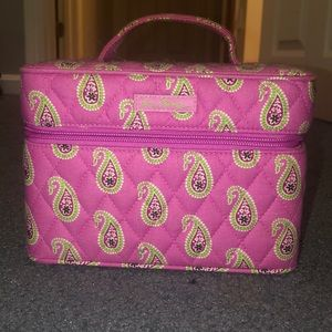 BRAND NEW Vera Bradley Cosmetic and accessory case